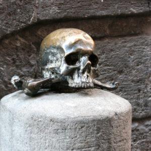 5 sett – Misteri, streghe e fantasmi di Napoli – tour serale