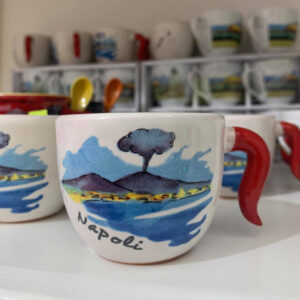 tazza ceramica con corno