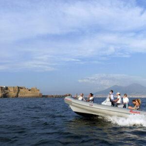 12 giugno – Tour sul Gommone con tuffo a mare